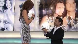 Video Best Surprise Proposal - Weatherman proposes to Morning News Anchor MP3, 3GP, MP4, WEBM, AVI, FLV Agustus 2018