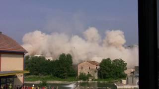 Ponte San Giovanni Italy  City pictures : Crollo Pastificio Ponte San Giovanni - Video HD