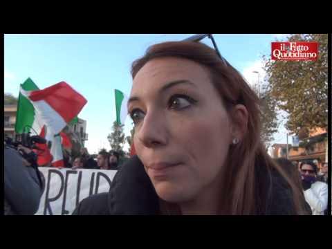 """Italie : sit-in contre l'immigration """"Nous ne voulons pas des immigrés !"""""""