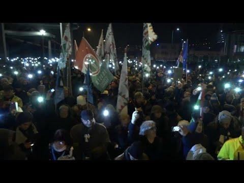 Στο στόχαστρο του HRW Πολωνία και Ουγγαρία