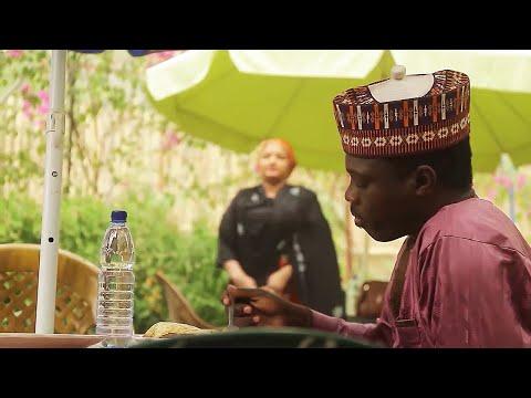 ruhin matar Ali Nuhu na farautar sa koda lokacin cin abinci - Hausa Movies 2020   Hausa Films 2020