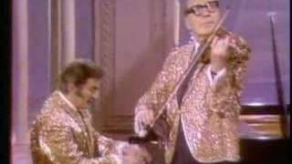Video 1969 Liberace Show Liberace & Jack Benny MP3, 3GP, MP4, WEBM, AVI, FLV November 2018