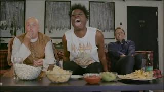 Leslie Jones epic reaction to Daenerys unleashing her dragon fire on Lannister soldiers in Game of Thrones Season 7 Episode 4.