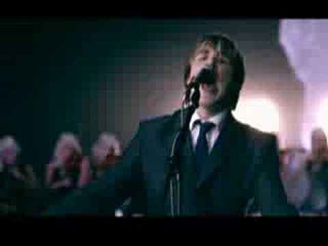 Tekst piosenki McFly - I wanna hold U. po polsku