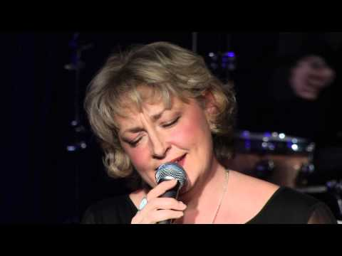 Tekst piosenki Greta Matassa - In My Solitude po polsku