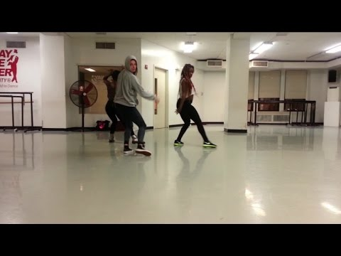 ragga - Laure Courtellemont Ragga Jam - Amazing by Tank Dancers: Rolanda & Ebbonie -- Subscribe to my official channel : http://bit.ly/1cNnYZ2 Official website : http://laurecourtellemont.com News...