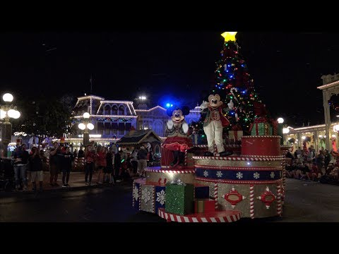 Mickey's Once Upon a Christmastime Parade 2019 4K UHD, Very Merry Christmas Party