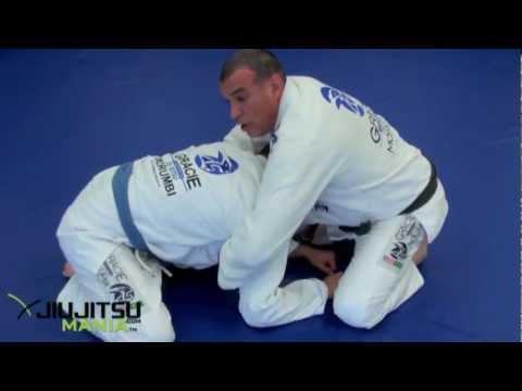 A BJJ Choke for Judo Players