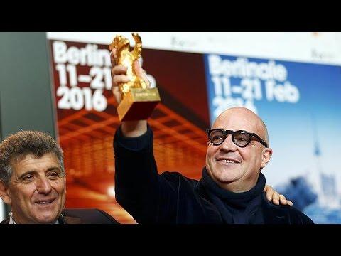 """66η Μπερλινάλε: Χρυσή Άρκτος στο ντοκιμαντέρ """"Fuocoammare"""""""