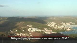 Panorama depuis le Morne Gommier (Sud Martinique). Découvrez les villes de Ste Anne, Du Marin, de Ste-Luce....