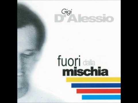 , title : 'Padre per metà. Gigi D'Alessio'