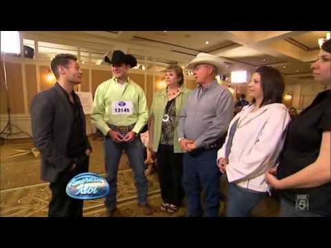 Ryan Seacrest jokes with John Wayne Schulz's family