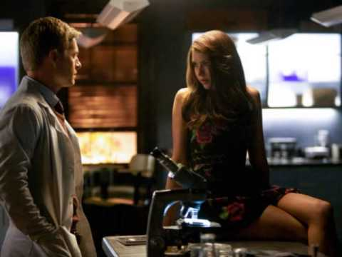 "The Vampire Diaries Season 5 Episode 6: ""Handle With Care"" Sneak Photos"