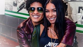Video The love story - Bruno Mars and Jessica Caban download in MP3, 3GP, MP4, WEBM, AVI, FLV January 2017