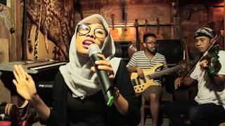 DITINGGAL RABI (Cipt. Andy Mbendol) - Keroncong Pembatas (cover versi Cong jandhuT)