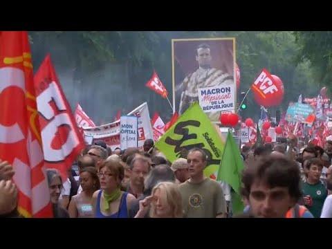 250.000 Linke demonstrieren gegen Macrons Reformen