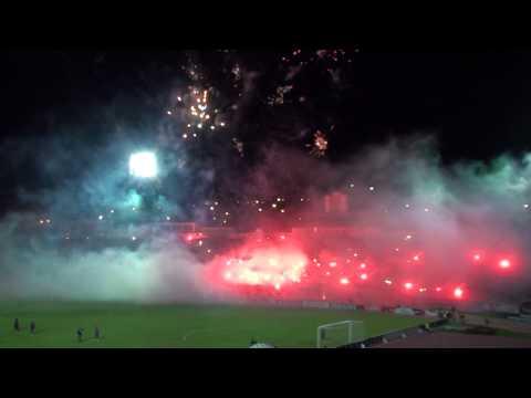 Recibimiento al Deportivo Quito el 03 de mayo del 2012 frente a U de Chile.MTS - Mafia Azul Grana - Deportivo Quito