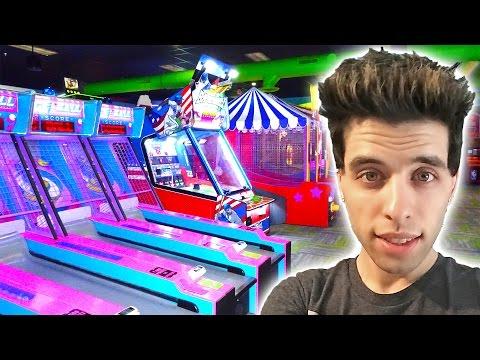MY NEW FAVORITE ARCADE! PLAYING NEW GAMES WINNING ARCADE TICKETS! | MATT3756