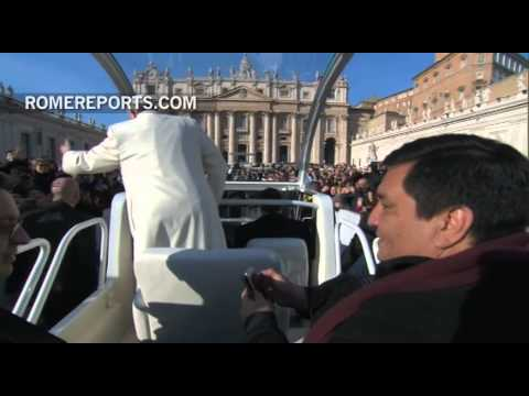 Pope takes Argentine priest for ride on-board his Popemobile