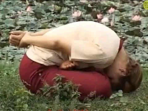 Yoga Mudra – Mudra Asana (Increases Memory Power).