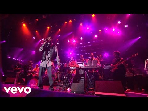Snoop Dogg - Those Gurlz (Live at the Avalon) ft. Latoiya Williams