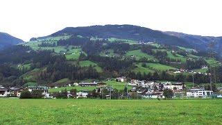 Hippach Austria  city pictures gallery : 8A. 6. Oktober 2015. Hippach - Zillertal - Österreich. Zillerpromenade Hippach - Mayrhofen.