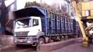 Descarga De Cana De Açucar, Caminhão Mercedes Axor 3340