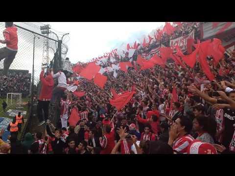 """Hinchada de ESTUDIANTES vs de la plata en Quilmes vs gimnasia 2017. FESTEJO,""""Cada día te quier - Los Leales - Estudiantes de La Plata"""
