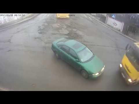 ДТП в Киеве с грузовиком на Вита Почтовой