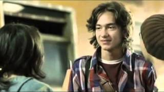 Nonton lagu perahu kertas Film Subtitle Indonesia Streaming Movie Download