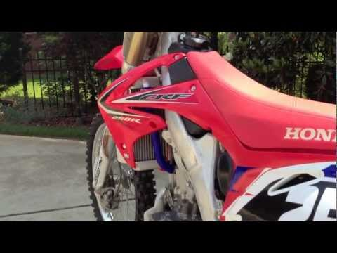 crf250r - Guys, this is my new 2011 Honda CRF250R that I just got on Saturday May 19, 2012! This 250 is fuel injected. I rode this bike in a field at the guys house an...