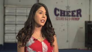 Video Student Surprises Cheerleader When Military Dad Can't Make It MP3, 3GP, MP4, WEBM, AVI, FLV Agustus 2019