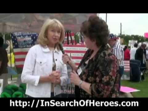 Vicki Middleton Spoke At  The Tea Party Express In Addison