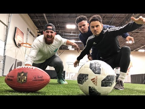 Football vs Soccer Trick Shots | Dude Perfect (видео)