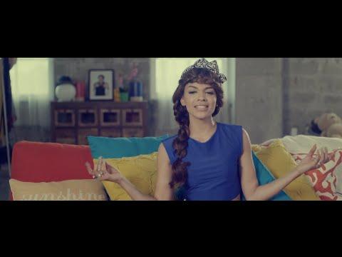 Leslie Grace - Nadie Como Tú (OFFICIAL VIDEO)