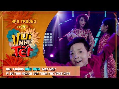 """Bảo Anh """"mệt mỏi"""" vì sự tinh nghịch của team The Voice Kids   Hậu Trường Gala Nhạc Việt 13 - Thời lượng: 5 phút, 19 giây."""