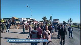 Caminhoneiros protestam em rodovias da região contra a alta do diesel