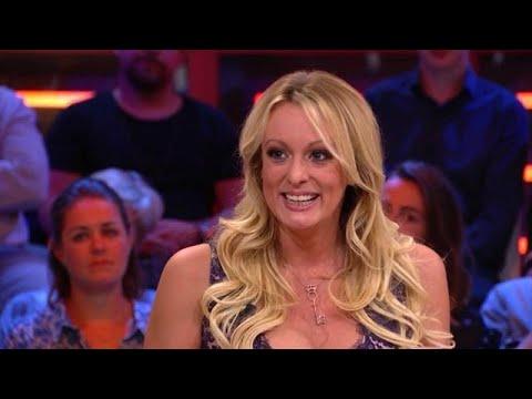 "Stormy Daniels over bekentenis Michael Cohen: ""Ik brak in tranen uit"" - RTL LATE NIGHT MET TWAN HUYS"