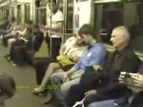 Прикол в метро (video)