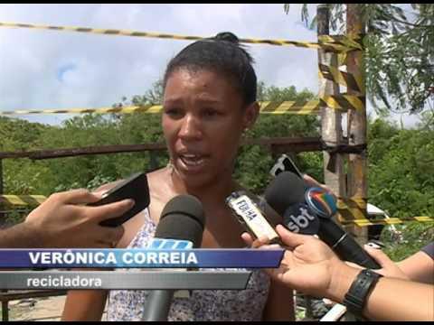 Prefeitura de Olinda começa a retirar imóveis e comércios irregulares de áreas públicas