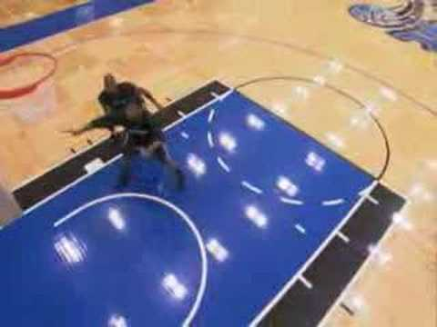 Dwight Howard demonstrates his rebounding tricks