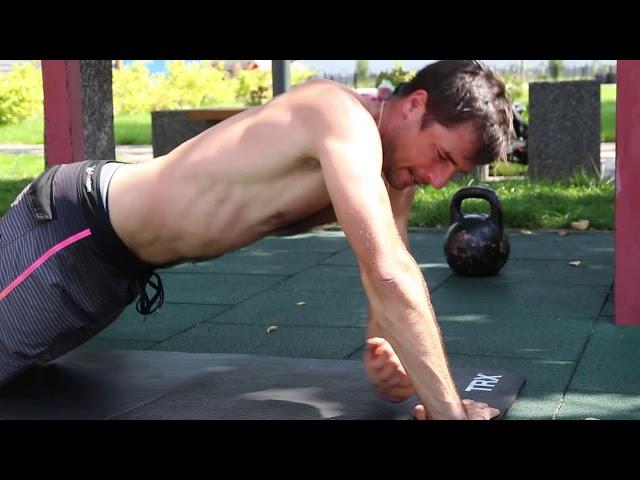 Топ тренировка рук и плечей без отягощений.