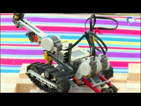 Юные инженеры-робототехники сошлись в интеллектуальной битве в Кванториуме