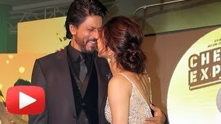 Shahrukh Khan Shouts At A Journalist For Deepika Padukone