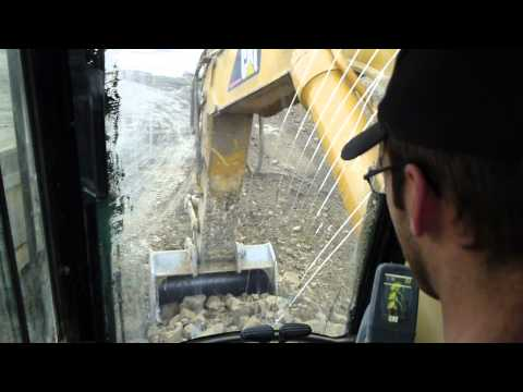 A Lesson on Real Coffee and Loading Trucks - Cat 385C LME