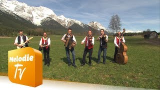 Download Lagu Zellberg Buam & Die Fetzig'n - Urig, echt, fetzig und frech (Offizielles Musikvideo) Mp3