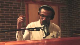 Jonathan McReynolds - Everything (UNPLUGGED) - YouTube