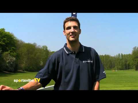 Steve Finn on the England Cricket team and trying his hand at Golf