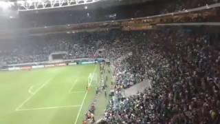Torcida do Palmeiras no final do jogo Palmeiras 3x2 penarol