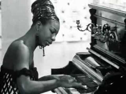 Tekst piosenki Nina Simone - Gimme A Pigfoot (And A Bottle Of Beer) po polsku